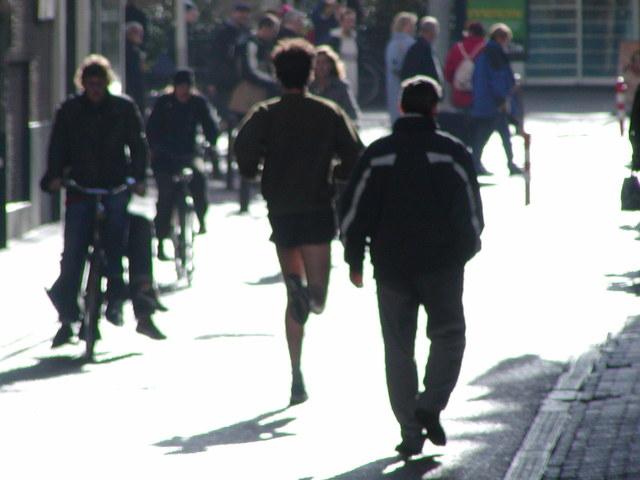 runner-in-street-in-amsterdam
