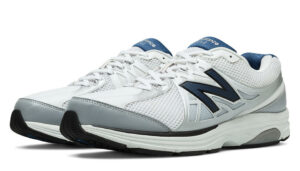 New Balance 847v2 Walking Shoes