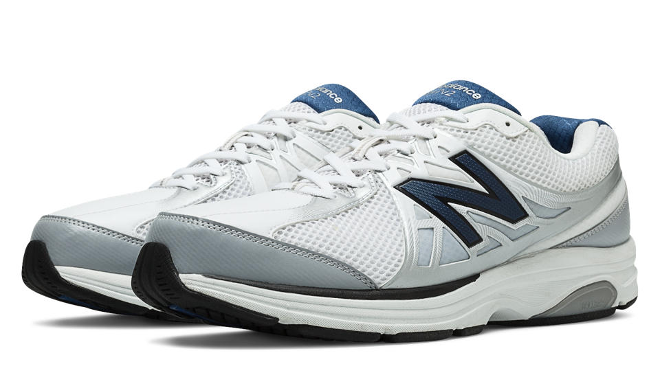 New Balance 847v2 Walking Shoes