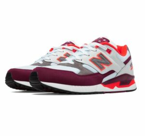 new-balance-530s-running-shoes-maroon