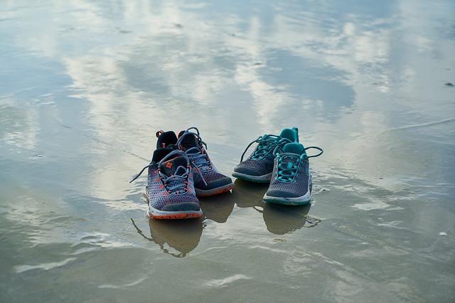 shoes-2308922_640