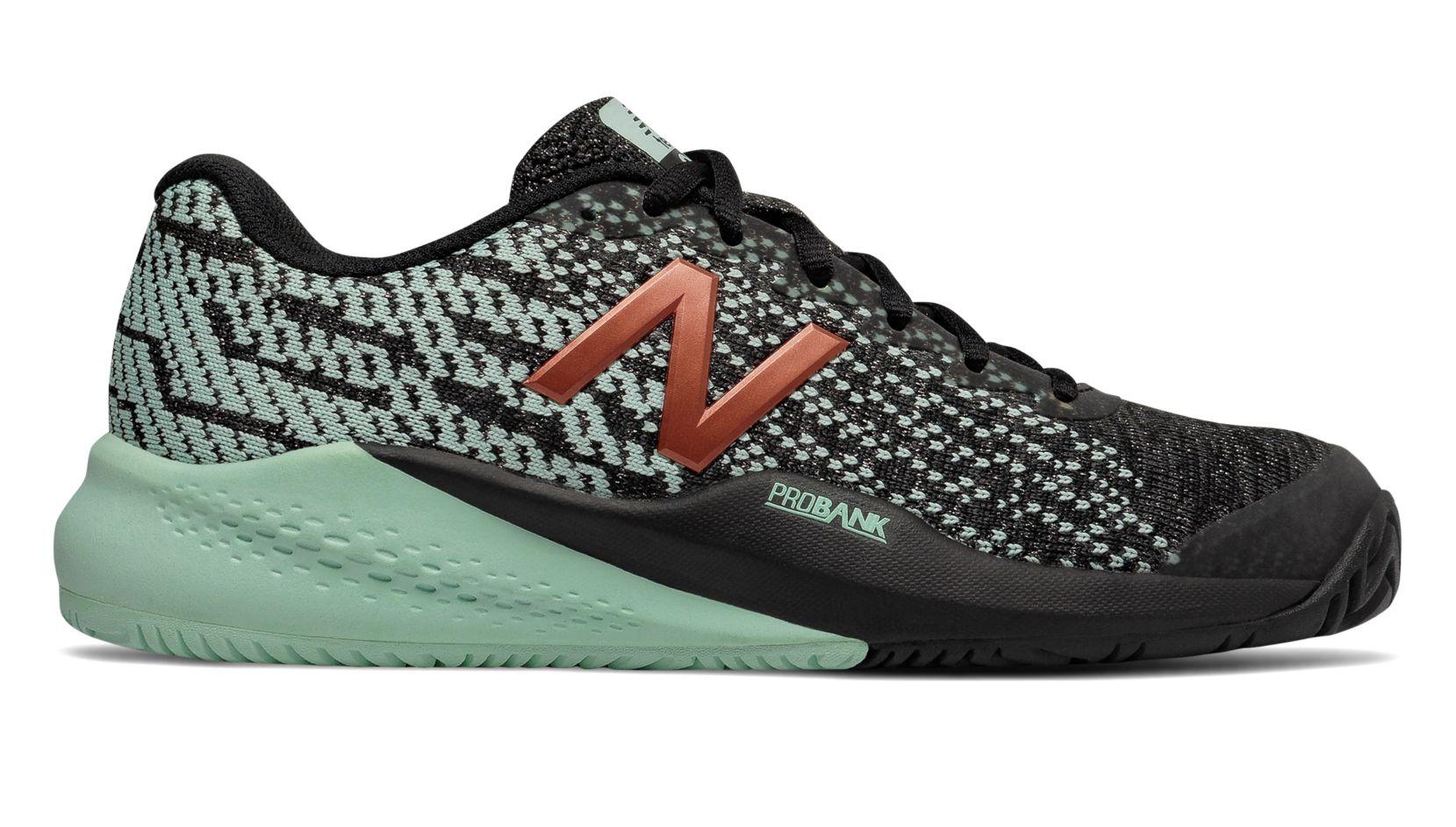 New Balance 996v3 tennis shoes